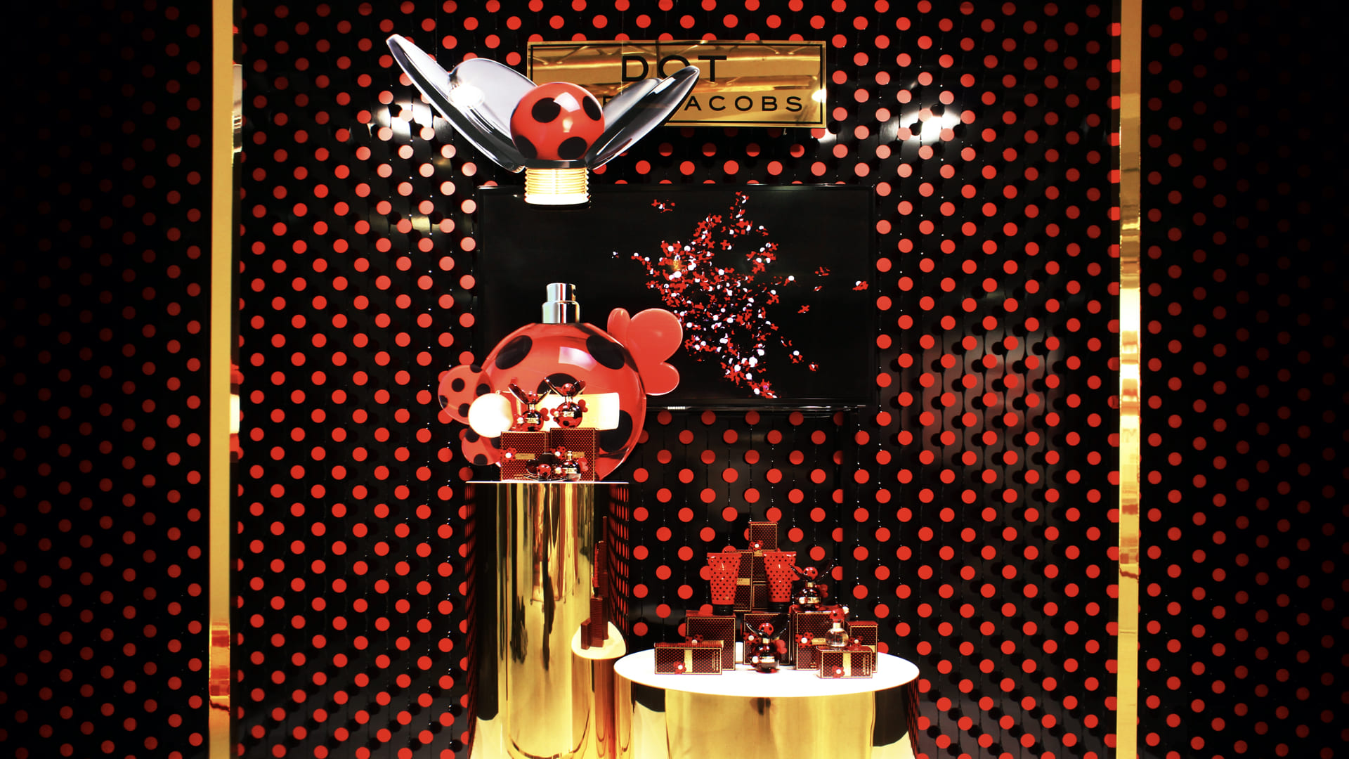 DOT Perfume Window Flying Lady Bugs LIGANOVA